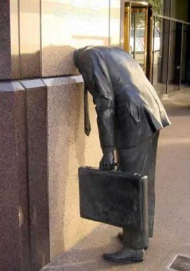 20 Best WTF Statues   weirdtwist