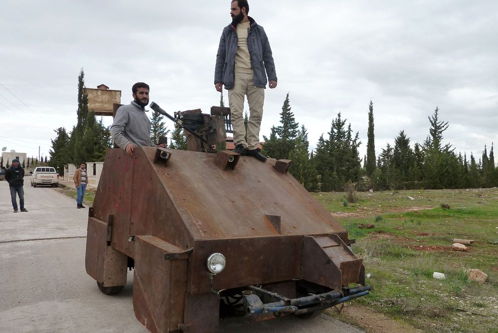 Homemade Syrian Tank Powered By Laptop and Joystick ...